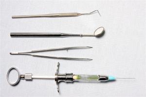 Instrumente für die Zahnarztpraxis